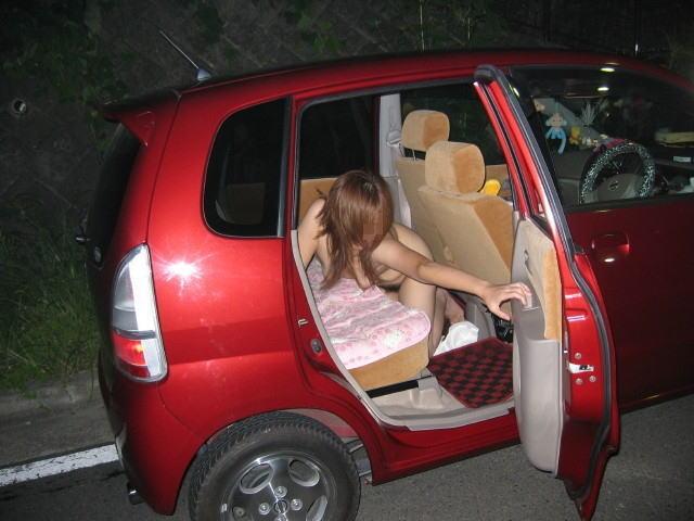 車内露出,エロ画像,全裸
