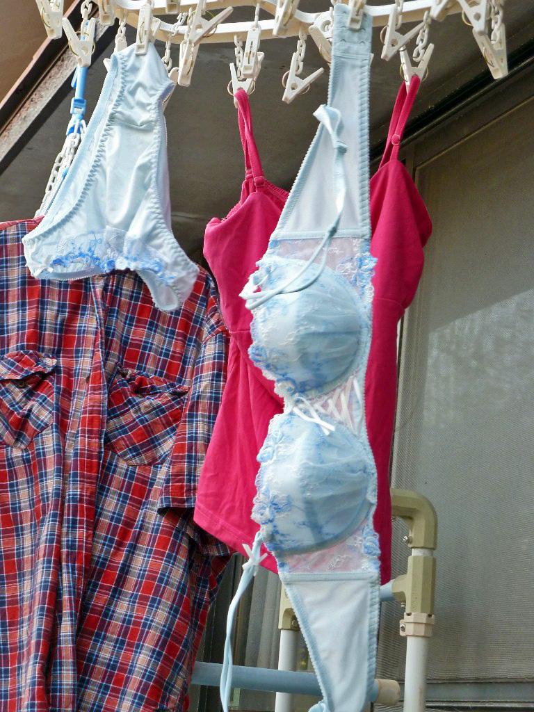 下着フェチ 洗濯物 下着姿 下着泥棒,欲情,洗濯物,盗撮,エロ画像【19】