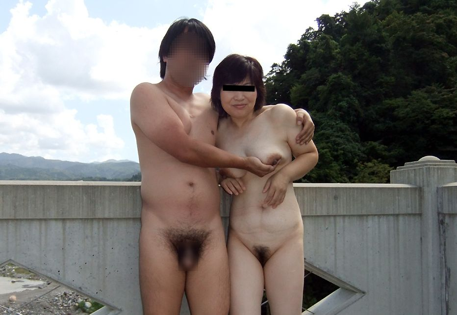 【人妻セックス動画】色白豊満な身体がエロい人妻と濃厚セックス