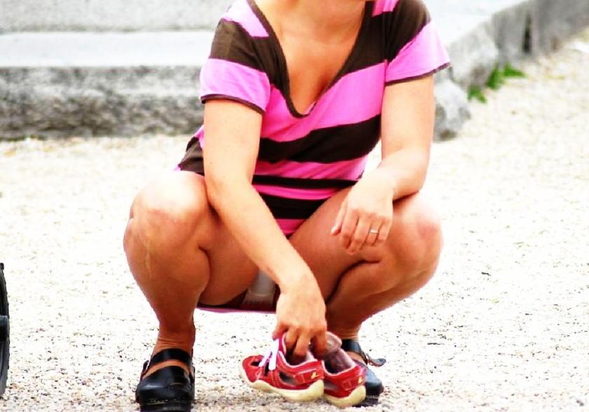 パンチラ,うんこ座り,エロ画像