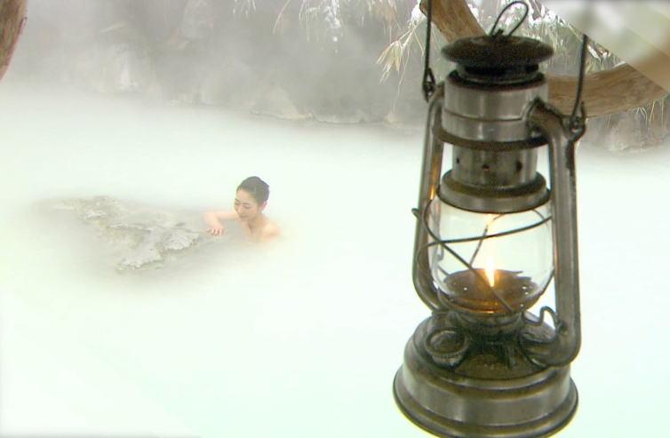 【衝撃画像】温泉の女湯を覗いたったwww⇒物凄い美人が… 画像52枚