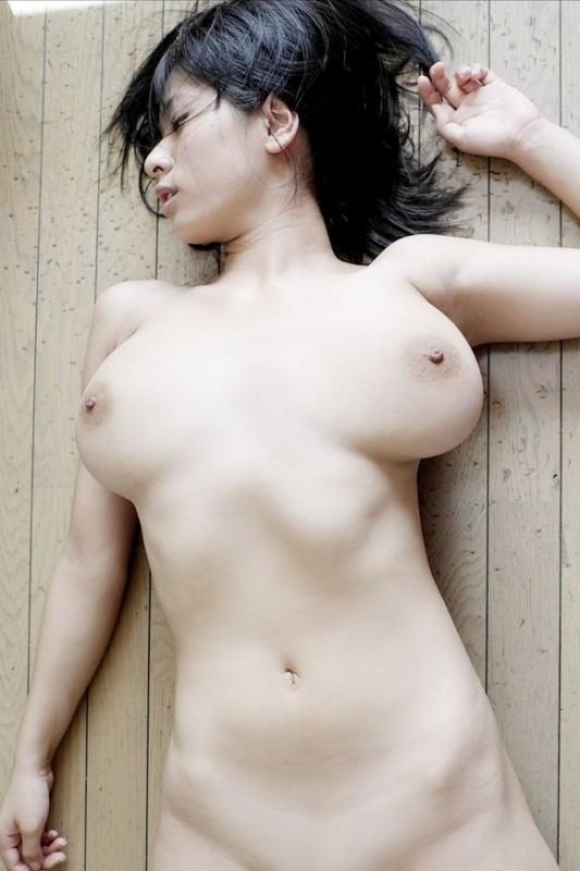 色白,おっぱい,キレイ,美白,美乳,エロ画像【26】