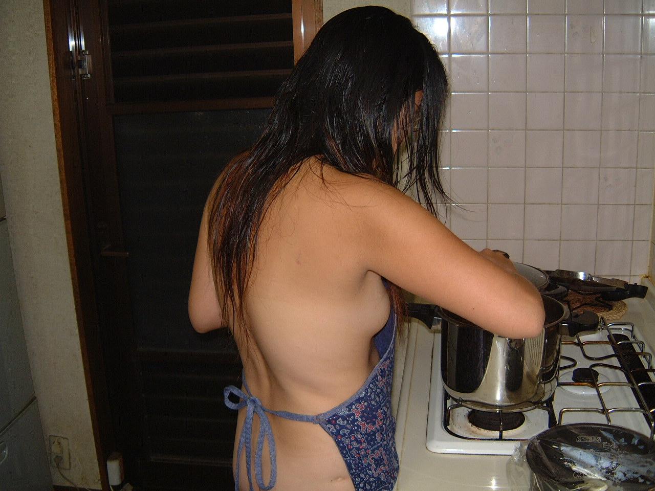 家事,裸エプロン,エロ画像