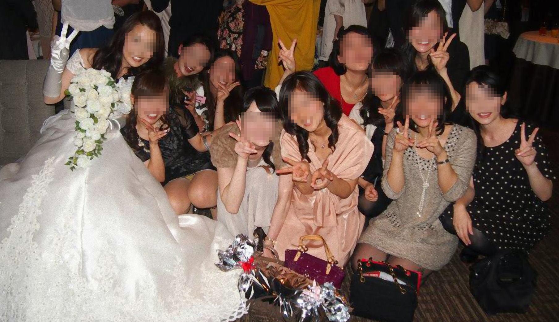 披露宴,結婚式,二次会,パーティー,ドレス,パンチラ,エロ画像【8】