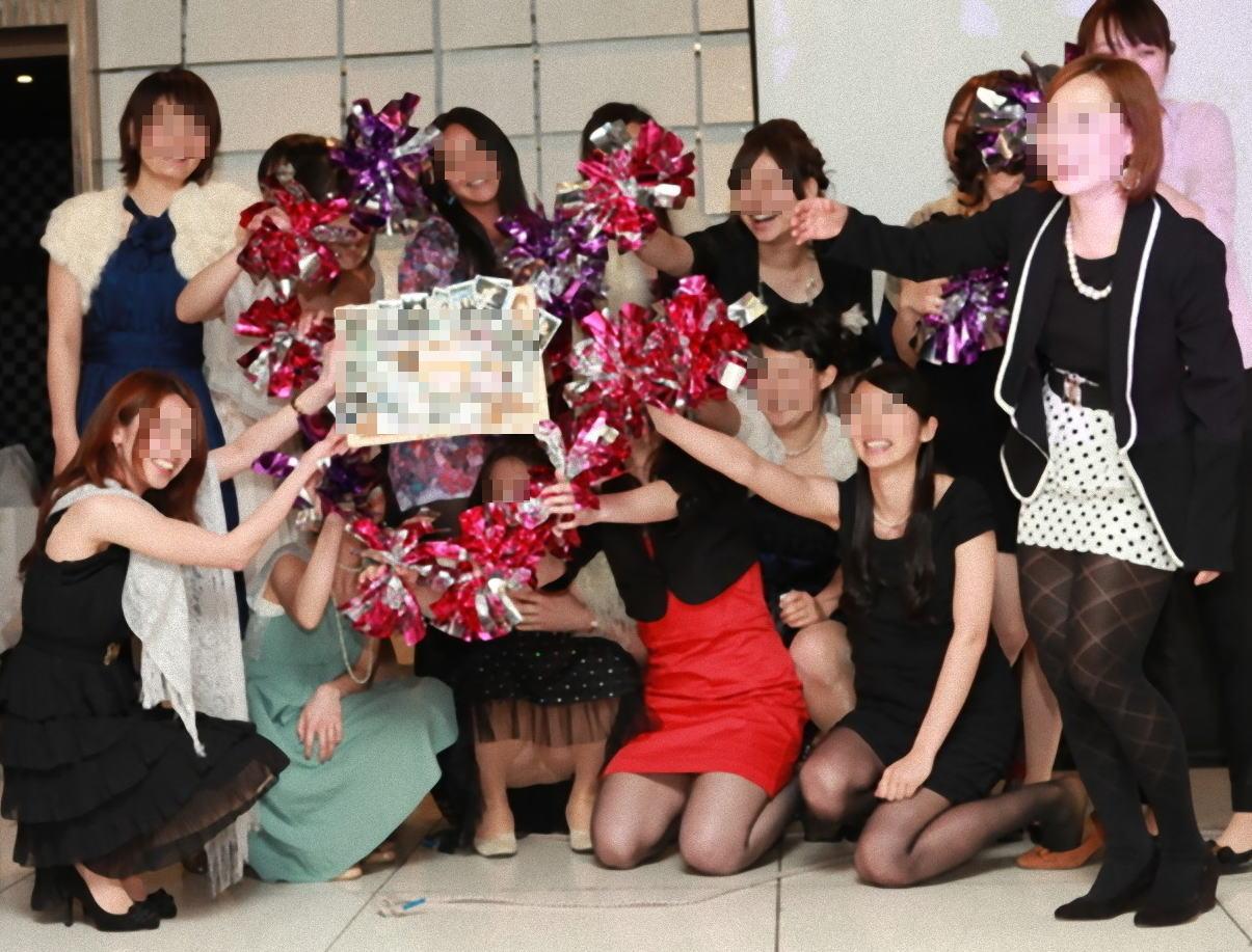 披露宴,結婚式,二次会,パーティー,ドレス,パンチラ,エロ画像【11】