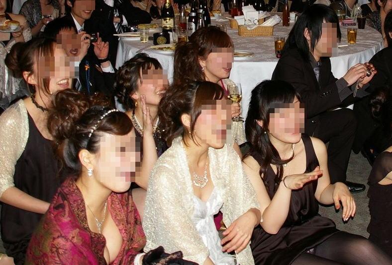 披露宴,結婚式,二次会,パーティー,ドレス,パンチラ,エロ画像【12】