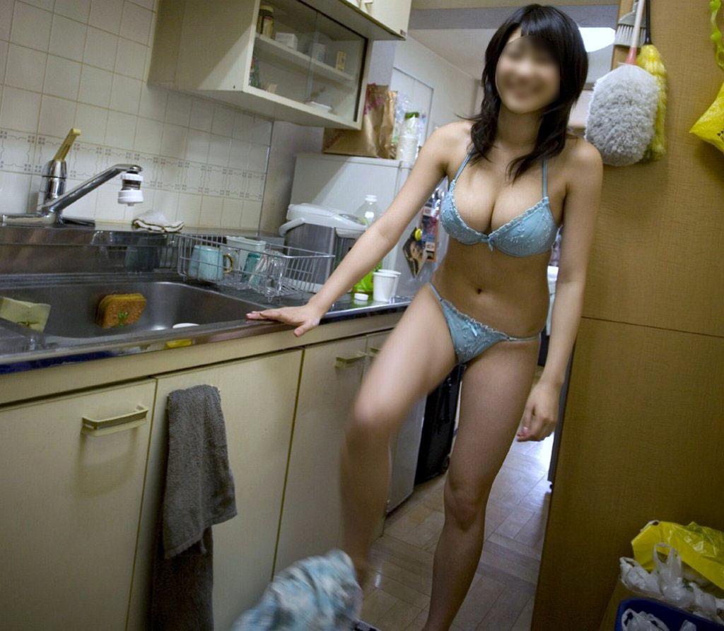 家庭内,下着,ラフ,エロ画像【40】