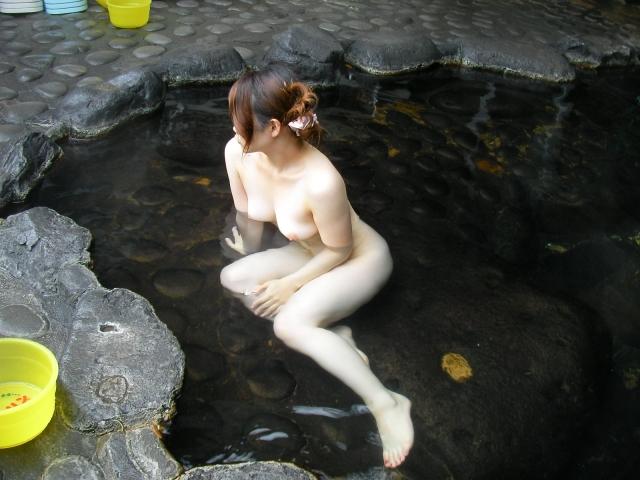 彼女,温泉,デート,流出,家族風呂,露天風呂,エロ画像【9】