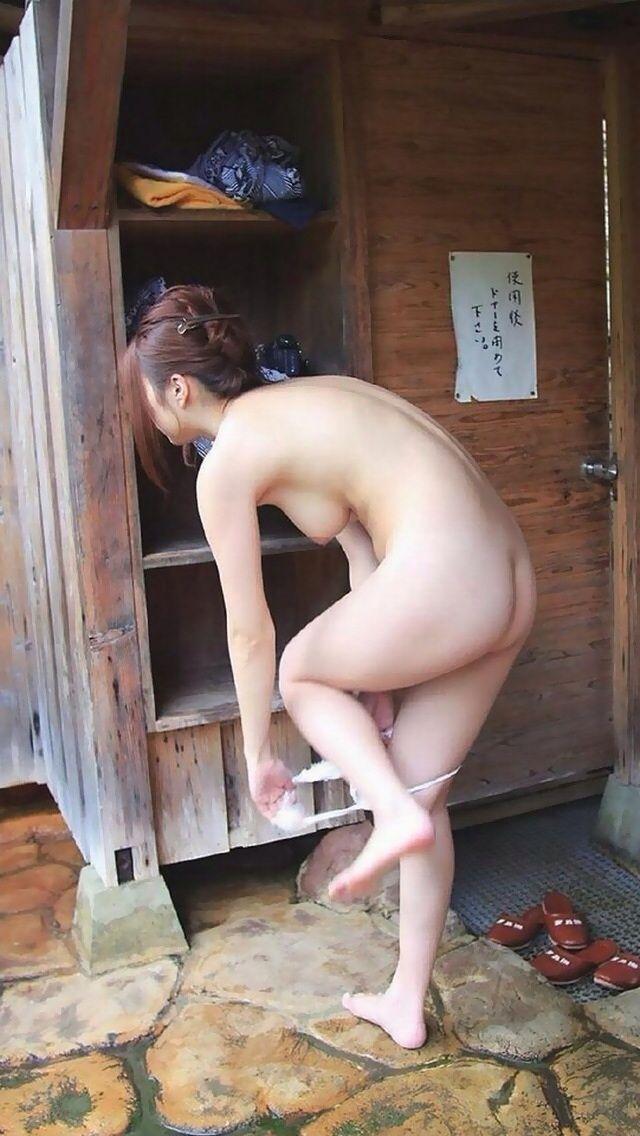 彼女,温泉,デート,流出,家族風呂,露天風呂,エロ画像【30】