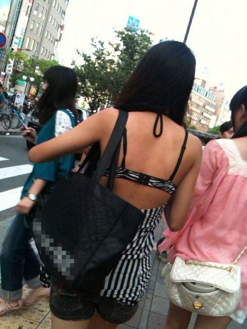 ギャル 私服 派手 露出 街撮り エロ画像【3】