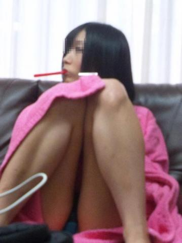 プライベート,家庭内,M字開脚,エロ画像【9】