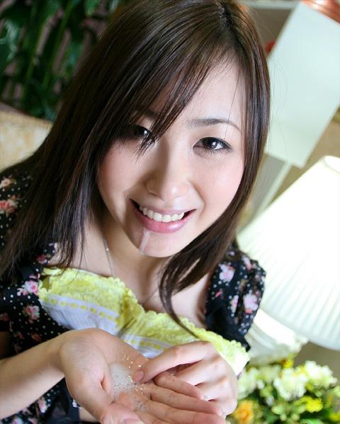 精子・愛!ザーメンぶっかけで幸せに浸る汚汁大好き女のエロ画像【12】