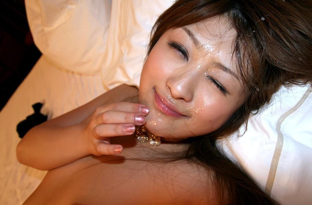 精子・愛!ザーメンぶっかけで幸せに浸る汚汁大好き女のエロ画像【15】
