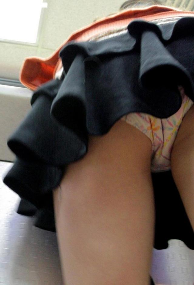 【逆さ撮り厳選】超エロくなり過ぎてしまったローアンパンティ画像【11】