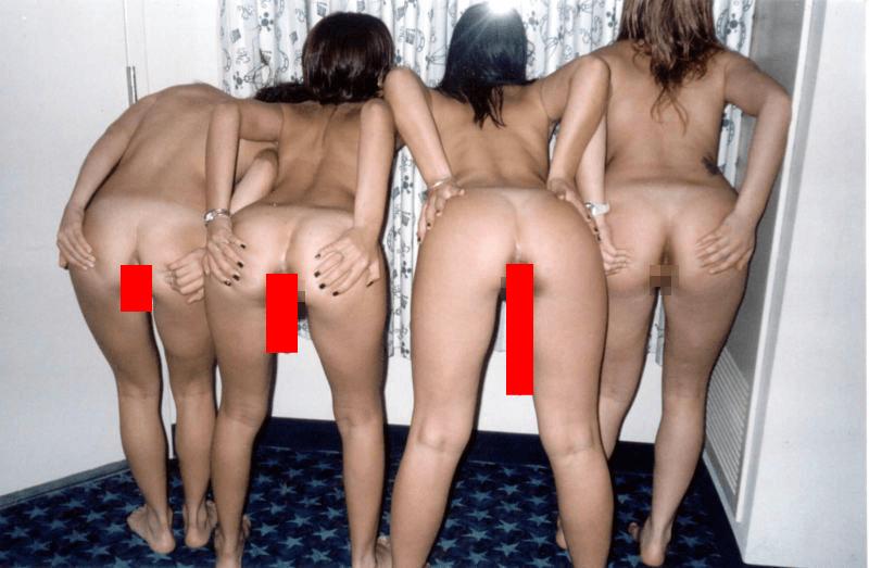 【閲覧注意】4人中3人がウ●コ出してるスカトロ画像