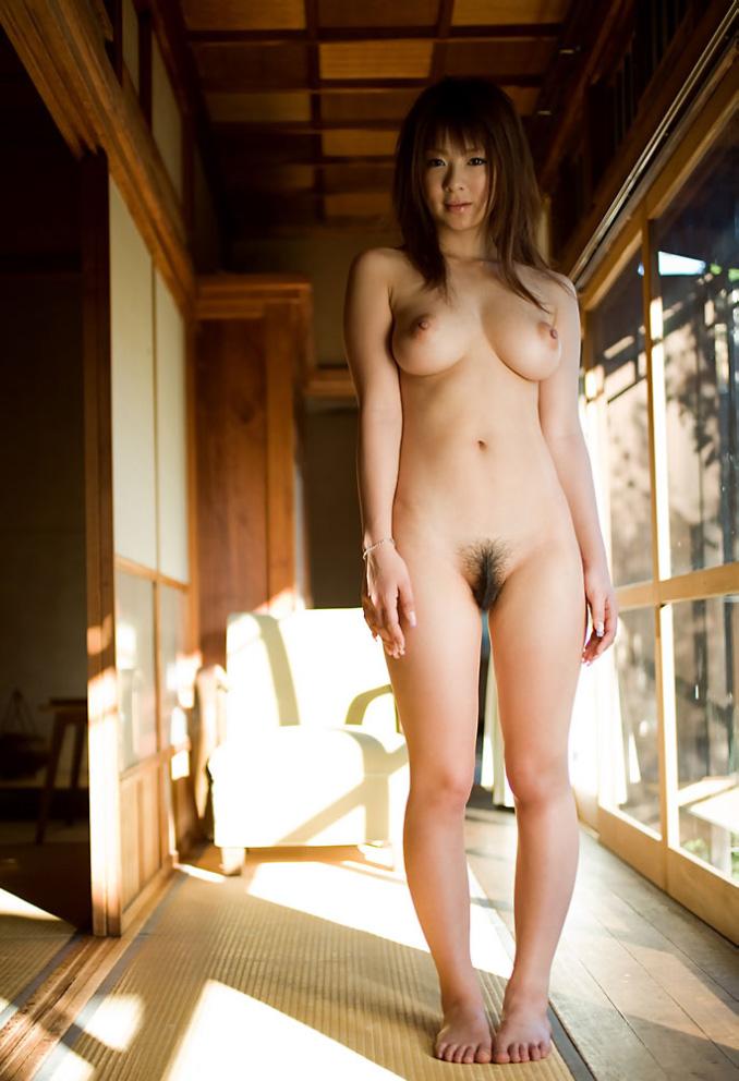 全裸 女の子 気お付け